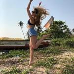 @instagram: Ну все, я погрелась на ☀️, можно двигаться дальше✈️????#india#goa#colvabeach#colva#relax#dudshagar#waterfall#colva#relax#beach#beachgirl