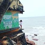 @instagram: На краю света... #безработнобеззаботно#арамболь#arambol#goa#гоа#индия#india#sweetlake#travel#путешествия#доманесидим