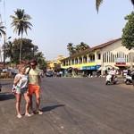 @instagram: Итак мы снова в Бенаулиме на главном перекрестке с дорогой Бенаулим-Колва роад! Почему? Потому что именно отсюда можно добраться до еще одного, нового, пляжа в нашем списке! ???????? #NamasteIndia_Stacy_Mali???????? #Stacy_Mali_Video #StacyVideo #Stacy_Ma