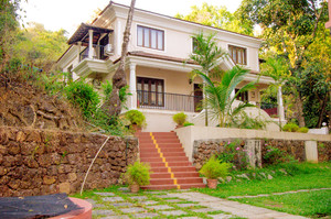 Johanna Garden — Luxury villa for rent in Baga