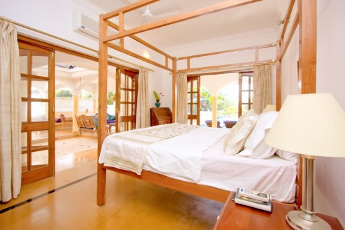 Large ensuite bedrooms