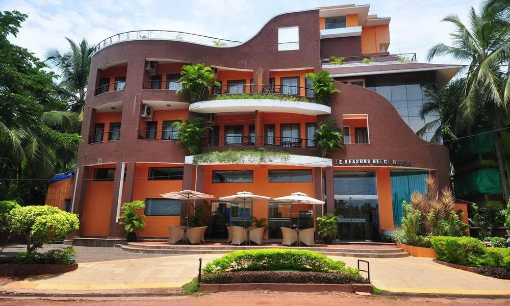 Le Seasons Beach Resort Goa in Candolim